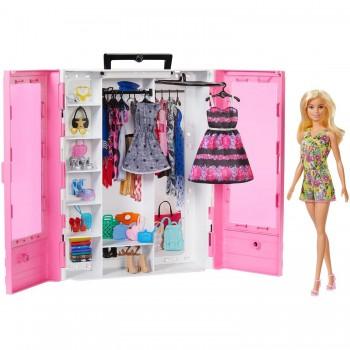 Набор Barbie Гардероб мечты с кулклой GBK12