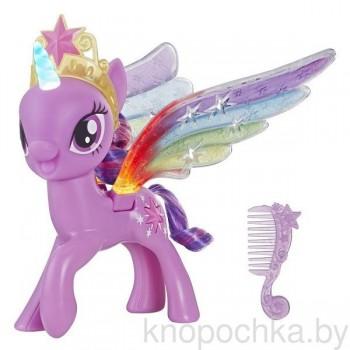 Пони Твайлайт Спаркл с радужными крыльями