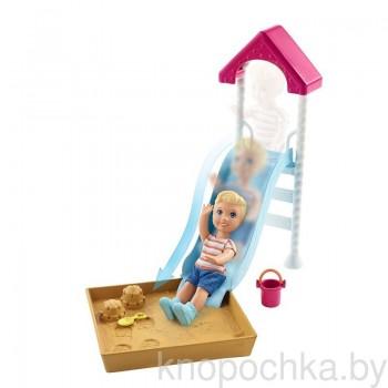 Набор Barbie Няня Горка и песочница FXG96