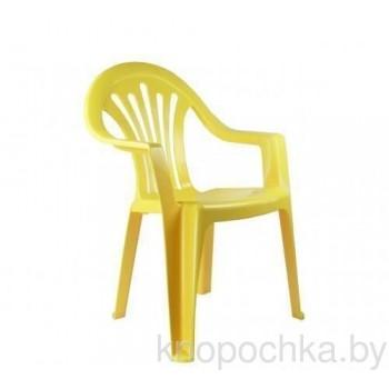 Пластиковый детский стульчик желтый