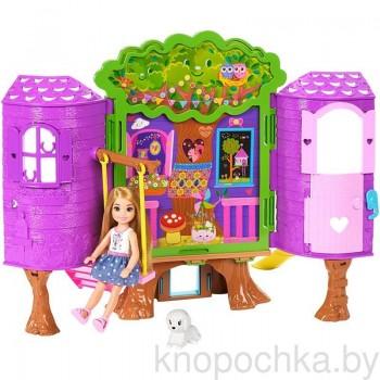 Домик-дерево с куклой Челси FPF83