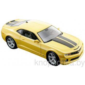 Модель автомобиля Chevrolet Camaro RS 1:18 Maisto