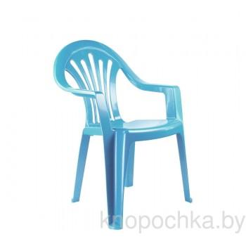 Пластиковый детский стульчик голубой